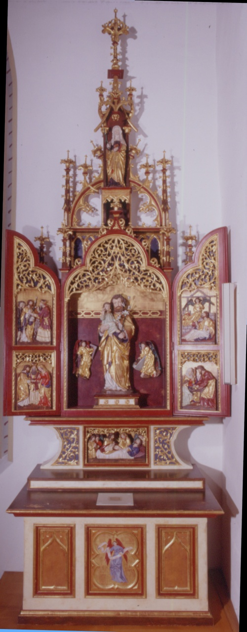 Wing Altar