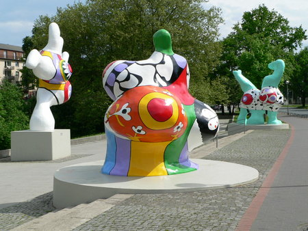 Niki de Saint Phalle - great French artist